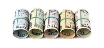 Dollarscheine rollten oben und gebunden mit einem Seil lokalisiert auf weißem b Lizenzfreie Stockbilder