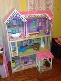 dollhouse royaltyfria bilder
