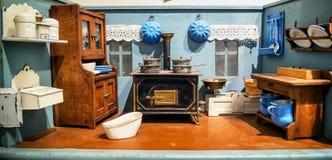 dollhouse stary obrazy royalty free