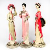 Dolls made ​​from ceramic female figure Royalty Free Stock Images