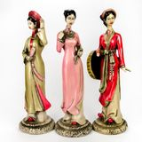 Dolls made ​​from ceramic female figure Stock Photos