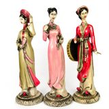 Dolls made ​​from ceramic female figure Royalty Free Stock Photo