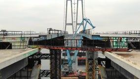Dolly zoom zaniechana budowa most, antena strzał, 4k zbiory wideo
