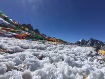 Dolma Lapasserande - montering Kailash Kora i vår i Tibet i Kina royaltyfri fotografi