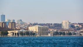 Dolmabahce宫殿担当了奥斯曼帝国的主要管理中心从1856到1887和1909年到1922年 免版税库存照片