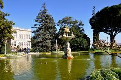 Dolmabahce-Palast lizenzfreies stockbild