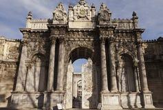 Dolmabahce slott Royaltyfri Fotografi
