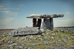 Dolmen de Poulnabrone en Irlanda Foto de archivo libre de regalías