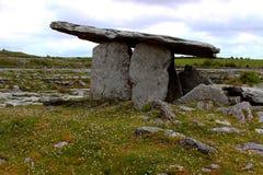 Dolmen de Poulnabrone, Irlande Image libre de droits