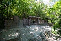 Dolmen i Gelendzhik Krasnodar region Ryssland 22 05 2016 Arkivfoto