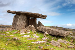 dolmenireland poulnabrone Fotografering för Bildbyråer