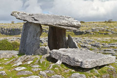 dolmenpolnabrone Arkivfoton