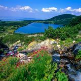 Dolnoto (lago inferior) - siete lagos Rila, Bulgaria Foto de archivo libre de regalías