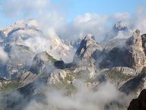 Dolomías de Sexten; Valle de Altensteiner Foto de archivo