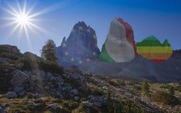 Dolomías, montañas de la amistad Foto de archivo libre de regalías