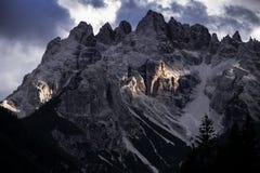 Dolom?as, Italia, monta?as entre las regiones de V?neto y Alto Adige imágenes de archivo libres de regalías