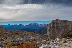 Dolomia in autunno, montagna del sud del Tirolo, turismo di Italien Fotografie Stock