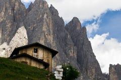 Dolomia, Italia, montagne fra le regioni di Veneto e Alto Adige immagine stock