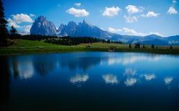 dolomia in negativo per la stampa di cartamoneta Adige Italia di trentino Fotografia Stock Libera da Diritti