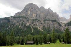 Dolomiet` s landschap stock afbeeldingen