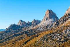 Dolomit góry Passo Di Giau, Monte Gusela przy behind N Obraz Royalty Free