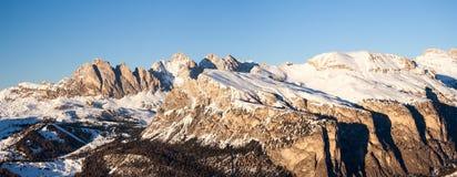 Dolomit zimy panorama przy zmierzchem Obrazy Stock