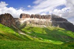 Dolomite nå en höjdpunkt Sella Arkivbild