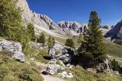Dolomitefjällängar, landskap Arkivbild