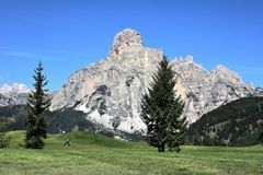 Dolomiten in Italien. Mountain landscape of the Dolomites in summer Royalty Free Stock Photos