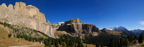 Dolomiten Panorama. Look at the mountaintops of the Dolomites Royalty Free Stock Photos