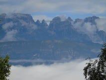 Dolomites de Brenta de la fenêtre Image libre de droits