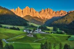 Dolomites et coucher du soleil Photographie stock libre de droits