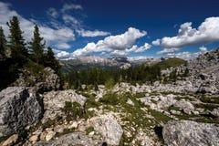 Dolomites i sommar Fotografering för Bildbyråer
