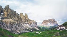 Dolomites merveilleuses avec le mode de vie sain Photos stock
