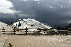 Dolomites nevado das montanhas - os cumes italianos Foto de Stock