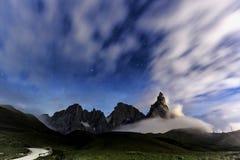 Dolomites, paysage de nuit de Pale di San Martino Image stock