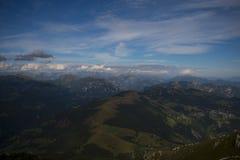 Dolomitesna på Lecco, Italien Arkivfoton