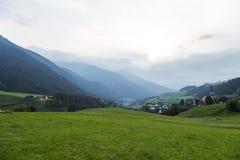 Dolomitgebirgslandschaft lizenzfreie stockfotos