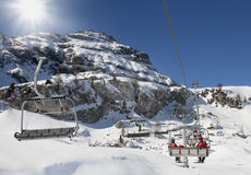 dolomiti山滑雪吊车 库存照片