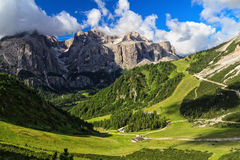 Dolomiti - υψηλή κοιλάδα Badia Στοκ φωτογραφία με δικαίωμα ελεύθερης χρήσης