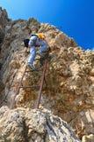 Dolomiti - caminante encendido vía Ferrata Fotografía de archivo libre de regalías