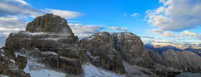 Dolomiti Di Brenta halni skaliści szczyty Zdjęcie Stock