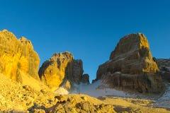 Dolomiti Di Brenta zmierzchu światła przełęcz Obrazy Stock