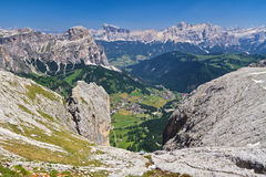 Dolomiti, Val Badia widok z lotu ptaka - Zdjęcie Stock