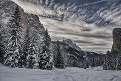 Dolomiti - Val Gardena - panorama del invierno Imagen de archivo libre de regalías