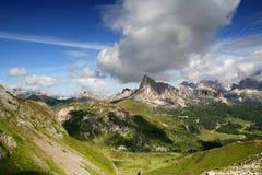 Dolomitian landskap arkivbilder