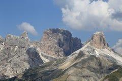 Dolomitspitzen im Sommer Lizenzfreies Stockbild