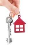 Domów klucze w ręce odizolowywającej na bielu Obrazy Royalty Free
