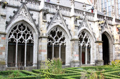 Dom教会,乌得勒支,荷兰Pandhof庭院  图库摄影