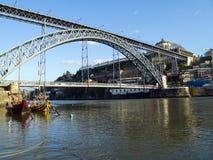 DOM ι luis Πόρτο γεφυρών στοκ εικόνα